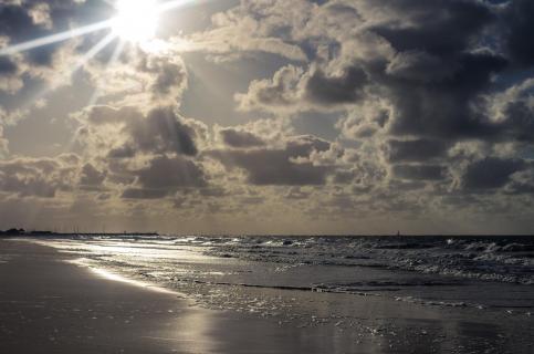 Wolken überm Strand