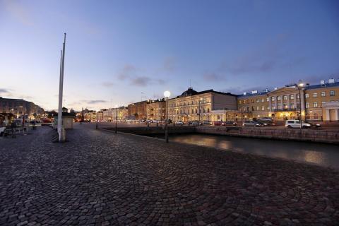 Blaue Stunde Marktplatz Helsinki