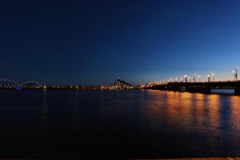 Day 'n night in Riga