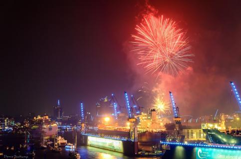 Feuerwerk Hamburg Cruise Days