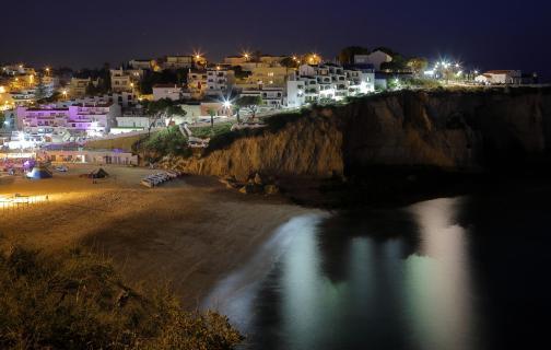 Carvoeiro-Beach bei Nacht