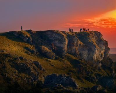 23_Landschaft_im_Abendlicht