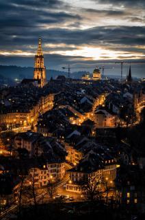 Altstadt von Bern in der Dämmerung