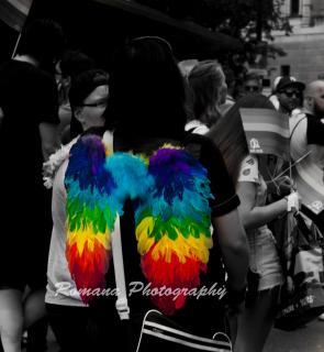 Pride Regenbogen-Engel