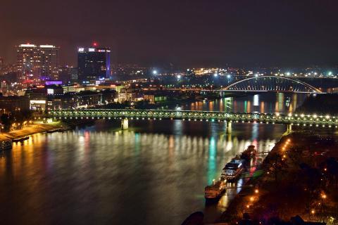 Beautiful Nightlights of Bratislava (3)