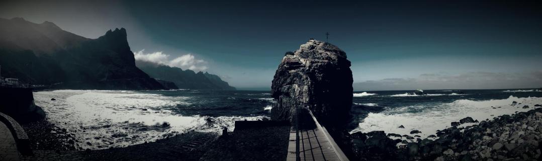 Way to the Ocean