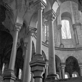 Säulen der Klosterruine Heisterbach