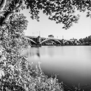 Gülser Eisenbahnbrücke