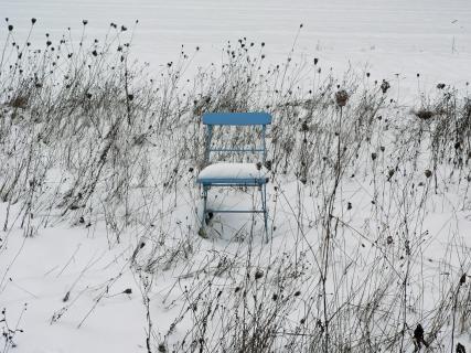 Blauer Stuhl1