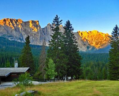 Alpenglühen in den Dolomiten