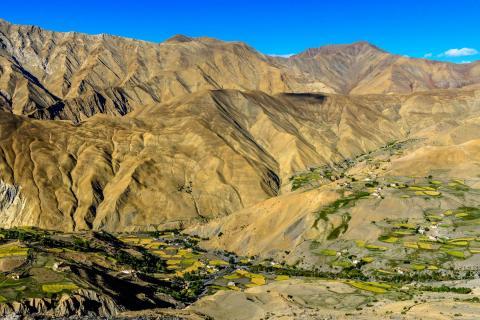 Ladakh - das Dorf Lingshed inmitten der Bergwelt