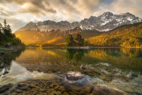 Goldener Morgen am Eibsee