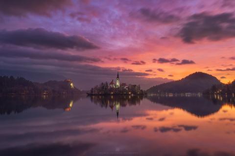 Morgendämmerung am Bleder See
