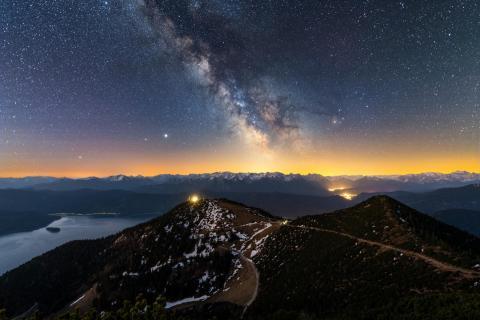 Milchstraße über den Alpen