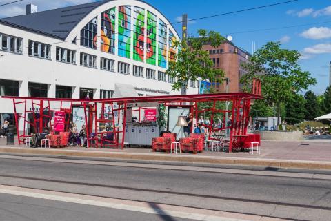 Bahnhaltestelle in Helsinki