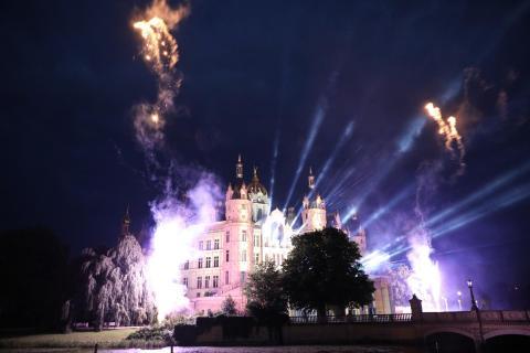 Lichtspiele am Schweriner Schloss