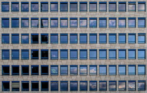 Viele Fenster