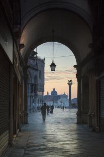 Frühmorgens in Venedig