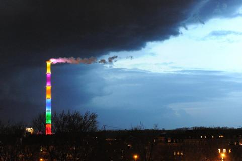 Farbe versus Dunkelheit