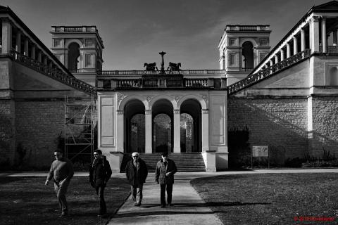 Belvedere Front auf dem Pfingstberg_B_SW