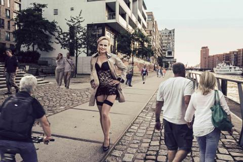Dessous in the City