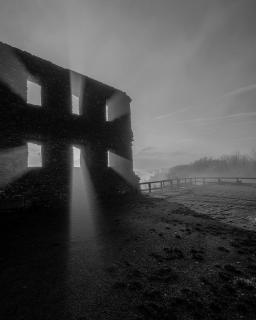 Ruine_Windeck_BW