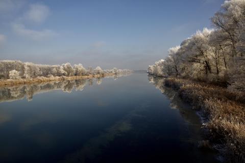 Winterstimmung am Fluss