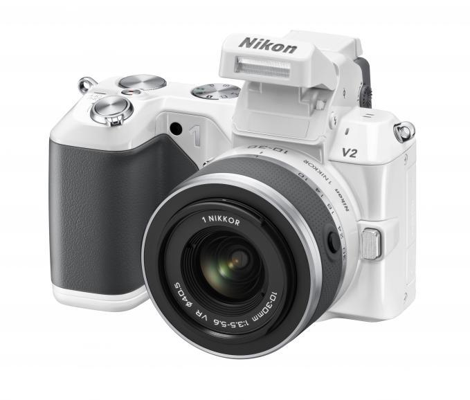Nikon 1 V2_Auch in Weiß verfügbar