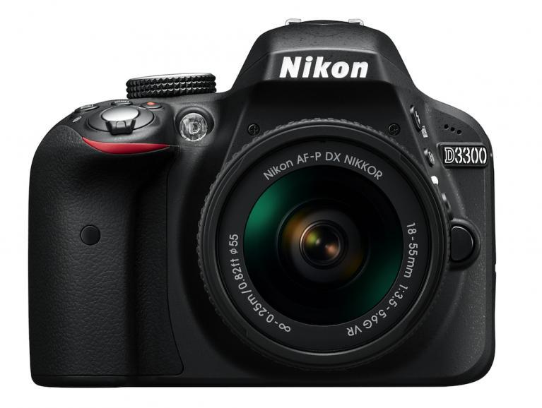 AF-P DX Nikkor 18–55mm VR an einer Nikon D3300