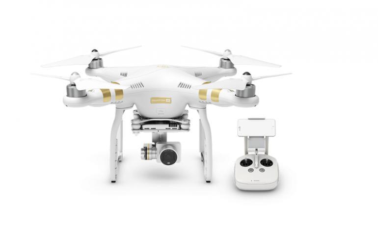 DJI, einer der führenden Drohnen-Hersteller, präsentiert die 4K-Drohne Phantom 3.