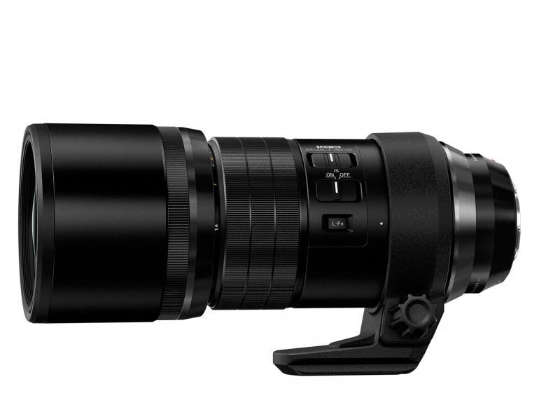 Das neue Teleobjektiv M.Zuiko Digital ED 300 mm 1:4.0 IS Pro von Olympus von der Seite.