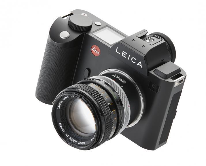 Die Leica SL mit Canon Objektiv.