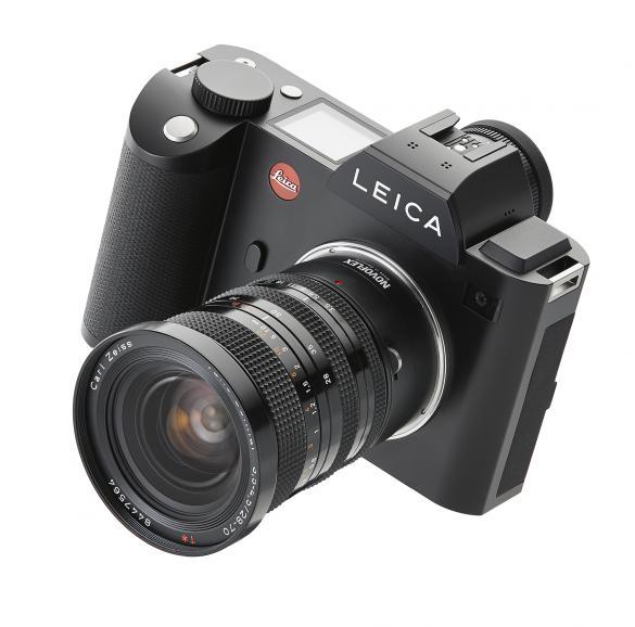 Die Leica SL mit Contax Objektiv.