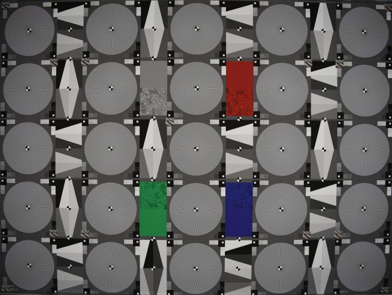 Unser Auflösungs-Chart wird vom neuen Nikkor 24-70mm in allen Brennweiten scharf abgelichtet. Das Maxi- mum messen wir jeweils bei Blende f/8.