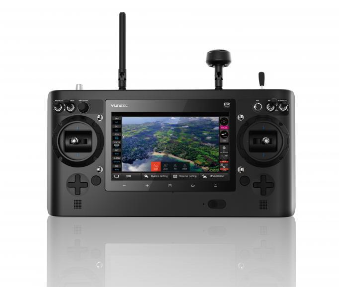 Die Yuneec ST16 Bodenstation steuert alle Einstellungen des Kopters und der Kamera.