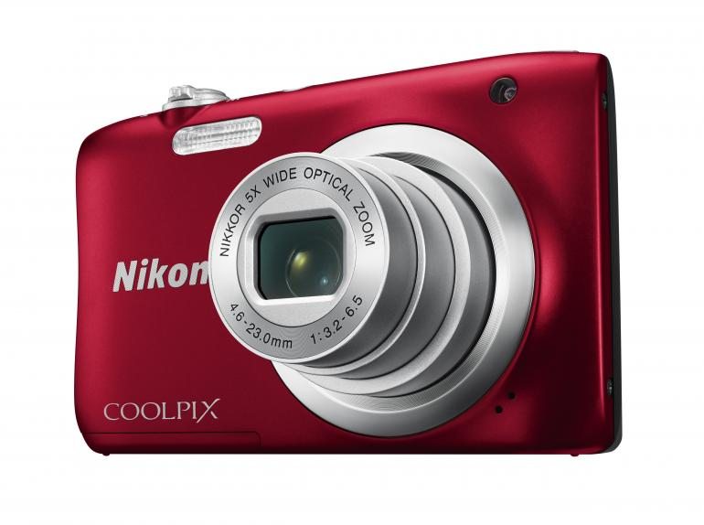 Coolpix A100 – erhältlich in den Farben Rot, Schwarz, Silber und Violett.