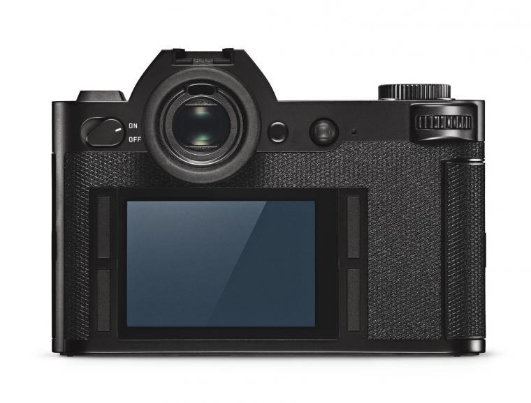 Der scharfe, hochaufgelöste – und starr verbaute – Touch-Bildschirm für den LiveView-Betrieb hilft bei der Steuerung der Kamera und der Überprüfung der Bilder.
