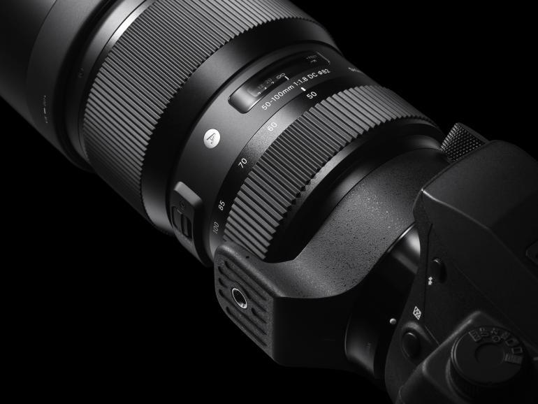 An einer APS-C-Kamera (Canon, Nikon, Sigma) deckt die Sigma Art-Optik den Bereich von 75 bis 150mm ab.