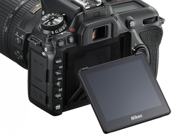 Lange ersehnt: der flexiblere Monitor mit Touchfunktion.