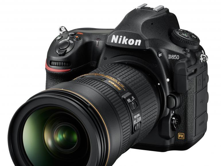 Die neue Nikon D850  setzt das Design des Vorgängers fort.