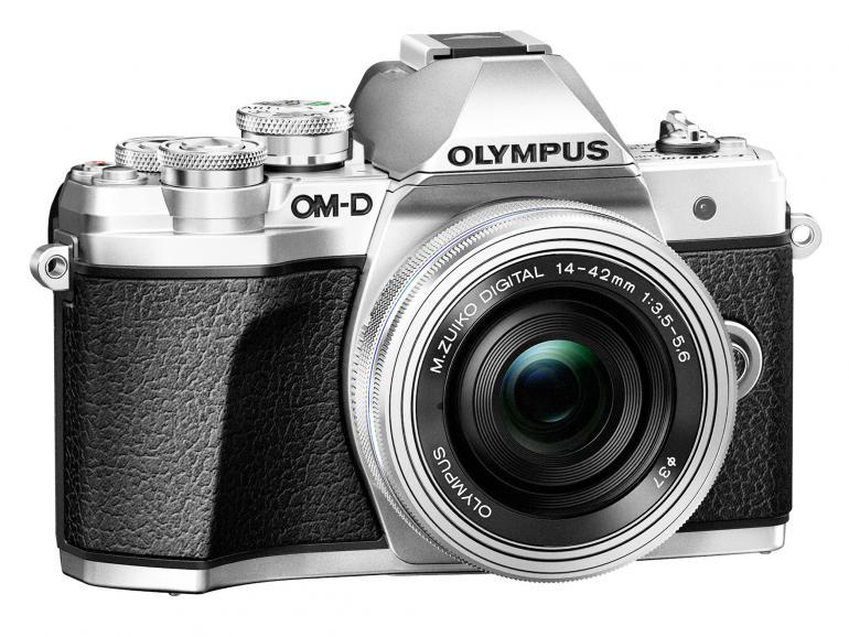 Das Gehäuse der neuen OM-D ist mit Rädern und Tasten reichlich bestückt, so wie man es von Olympus gewohnt ist.