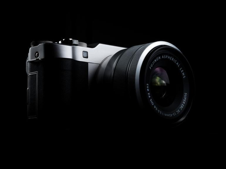 Fujifilm stellt die X-A5 und das Fujinon XC15-45mm F3.5-5.6 OIS PZ vor