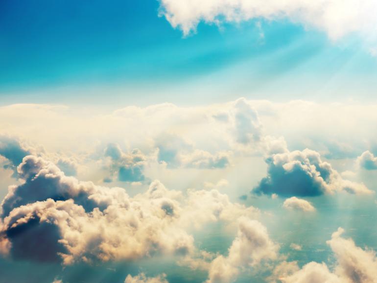 Auch aus dem Flugzeug können spektakuläre Wolkenaufnahmen entstehen.