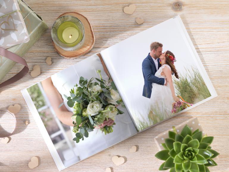 Tipps Von Cewe Fur Eine Hochzeit Im Rustikalen Natur Look Digitalphoto