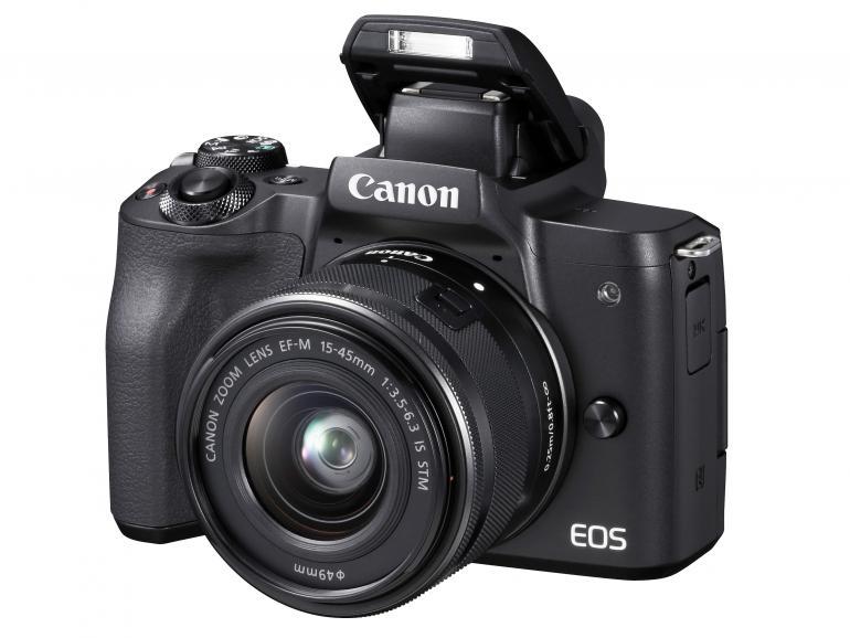 Einhändig bedienbar: Da Canon bei der EOS M50 das Bedienfeld rechtsseitig ausgerichtet hat, ist die Kamera mit einer Hand bedienbar.