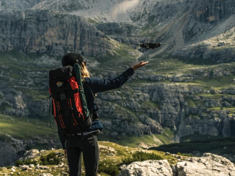 Neue Reisedrohne Yuneec Mantis Q - Mit Sprachsteuerung