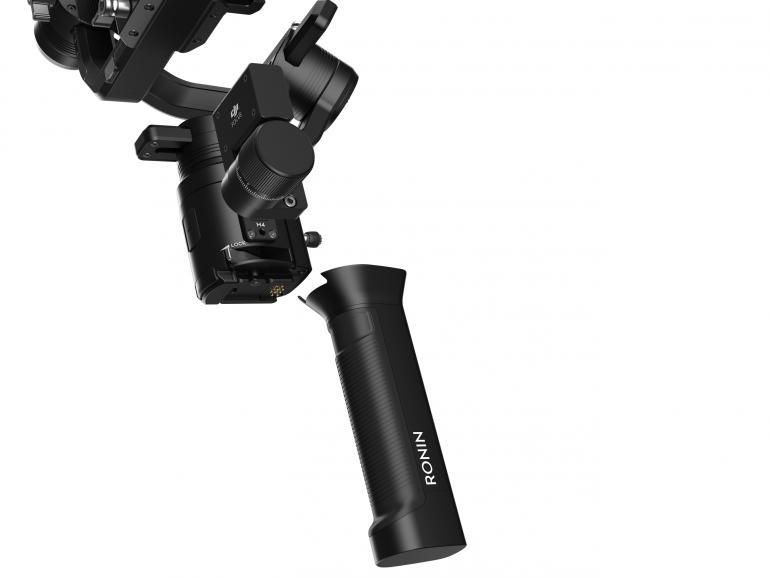 Der Handgriff des Ronin-S enthält den Akku, der für eine Laufzeit von bis zu 12Stunden ausgelegt ist.