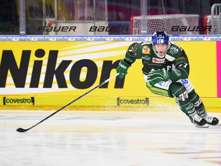 Nikon kooperiert als Fotopartner mit der Deutschen Eishockey Liga