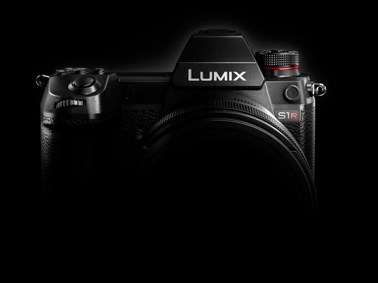 Panasonic-Coup: Vollformat mit der Lumix S1R und S1