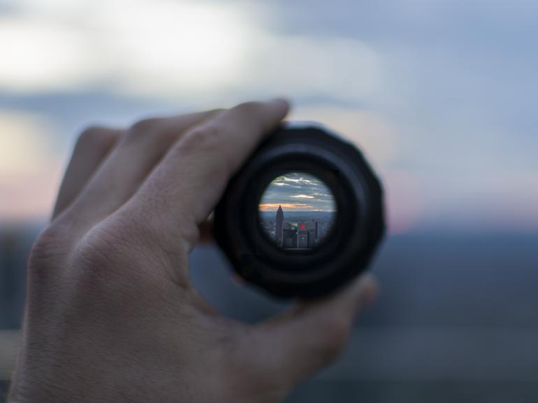 Foto-Basics: 3 Vorteile einer Festbrennweite